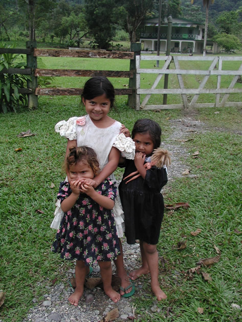 Children in the 'Pico Bonito' National Park, Honduras.